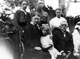 Picture of / about 'Gladstone' Queensland - Friend family of Gladstone