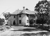 Picture relating to Canberra - titled 'Canberra House, occupied by Sir John Butters, Director of the Federal Capital Commission.'