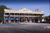 Picture relating to Cowell - titled 'Franlin Harbour Hotel COWELL SA'