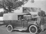 Picture relating to Maryborough - titled 'Ambulance service for Marybourough, Queensland, ca. 1918'