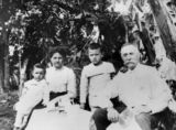 Picture of / about 'Peachester' Queensland - Bretson Family, 1913