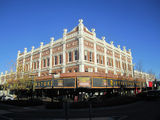 Picture of / about 'Warwick' Queensland - Warwick - Barnes Building corner of Palmerin & King Streets