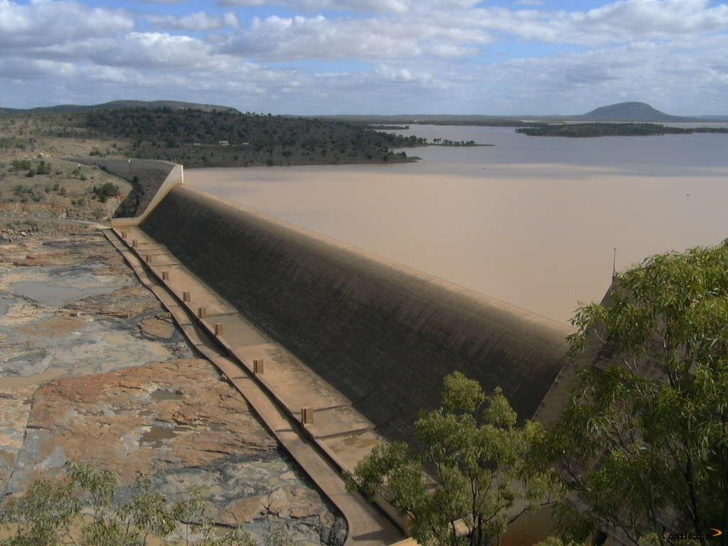 Burdekin Dam Queensland Burdekin Dam in The Dry