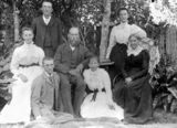 Picture relating to Tamrookum Creek - titled 'Langdon family group pictured in the garden, Tamrookum Creek, 1905'