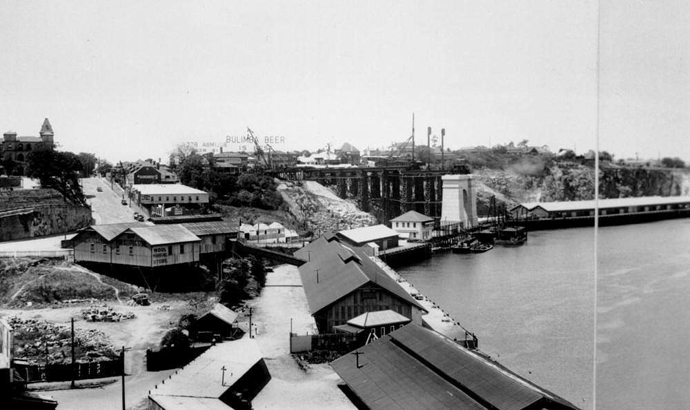 Picture of / about 'Brisbane' Queensland - Story Bridge during construction, Brisbane, 1937