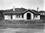 Picture relating to Parkes - titled 'Oakley and Parkes House, Blandfordia, National Circuit.'