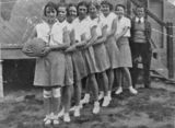 Picture relating to Winton - titled 'Winton netball team, ca. 1932'